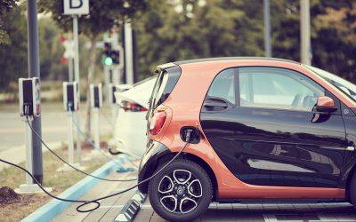 Corona-Konjunkturpaket fördert E-Autos und Ausbau der Ladesäulen – Wir bieten die passenden Onlinekurse